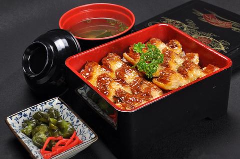 鳗鱼饭(ひつまぶし)