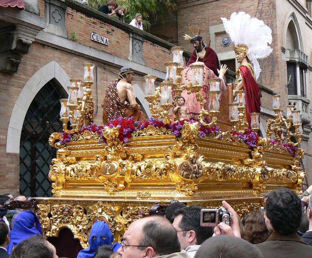 圣周(Semana Santa)