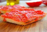 烤面包抹西红柿泥 Pan con Tomate