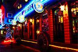 酒吧夜生活