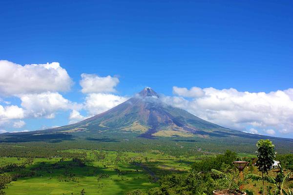 马荣火山旅游图片