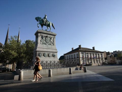 威尔海姆广场旅游景点图片