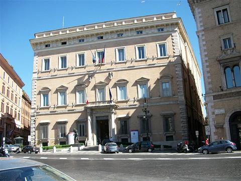 乐多莫斯罗曼瓦伦蒂尼宫旅游景点图片