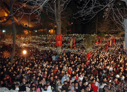 寒山寺新年听钟声活动