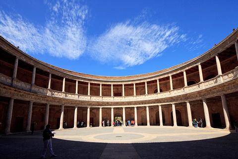 赫内拉里菲宫