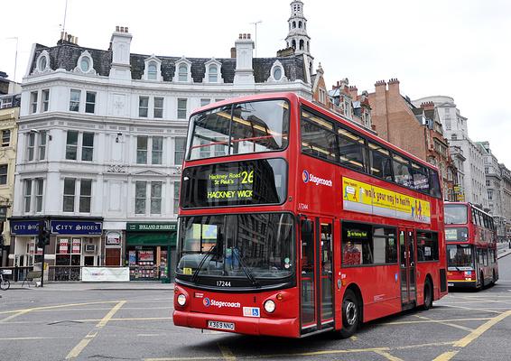 双层巴士旅游图片