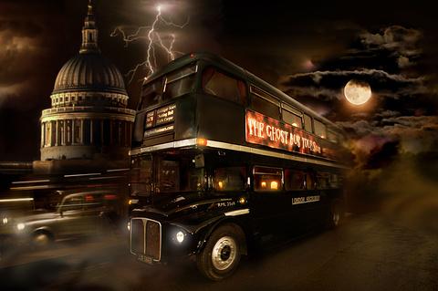 吸血鬼主题游(Ghost Bus)