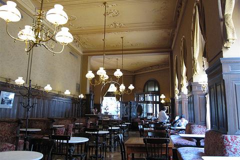 斯班咖啡馆