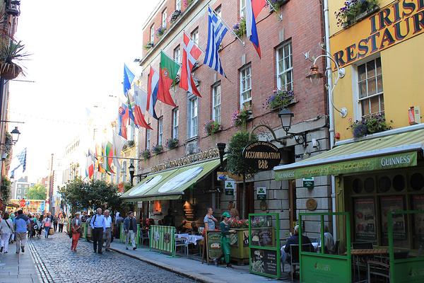 圣殿酒吧区旅游图片