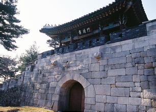 北岳山首尔城郭