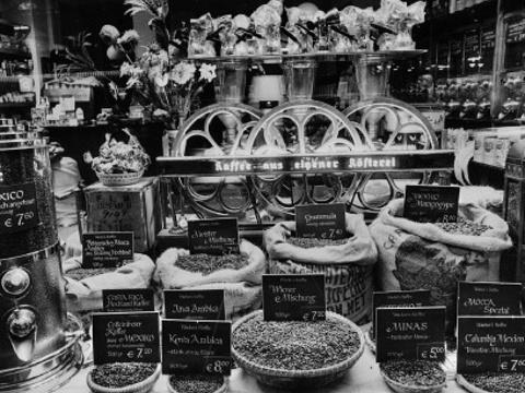 百年咖啡馆旅游景点图片
