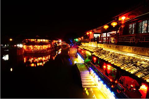 塘东街夜生活