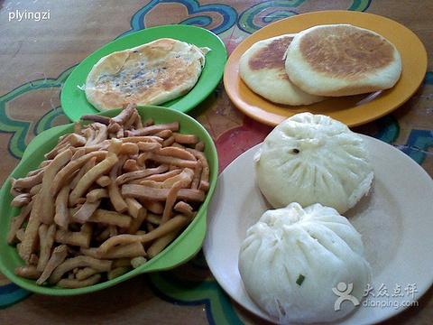 草原村蒙餐馆