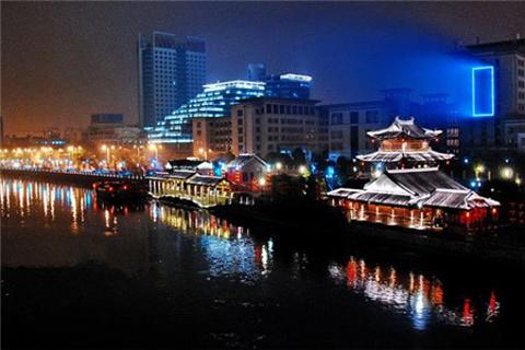 夜游京杭大运河