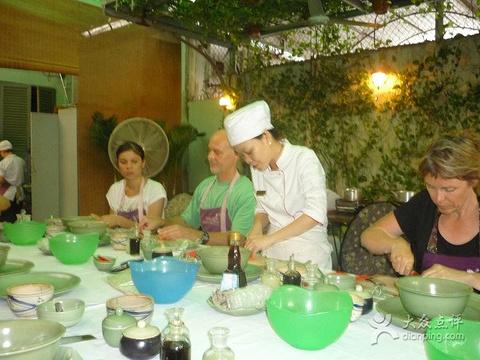 Hoa Tuc旅游景点图片