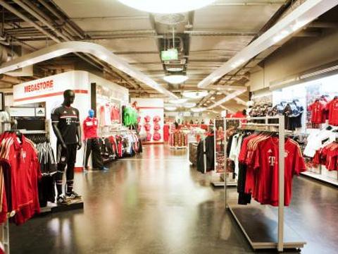 安联球迷商店旅游景点图片