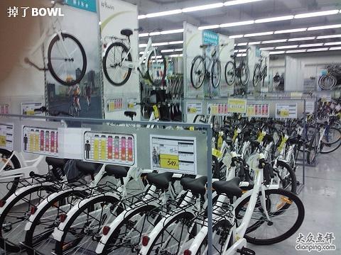 迪卡侬运动专业超市(高新区店)旅游景点图片