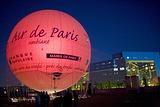 乘坐热气球鸟瞰巴黎