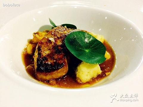 博古斯学院法国西餐厅