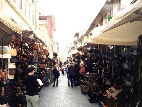 圣罗伦佐广场旅游景点图片