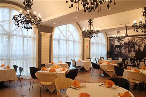 怡堡——阿兹凯乐西餐厅