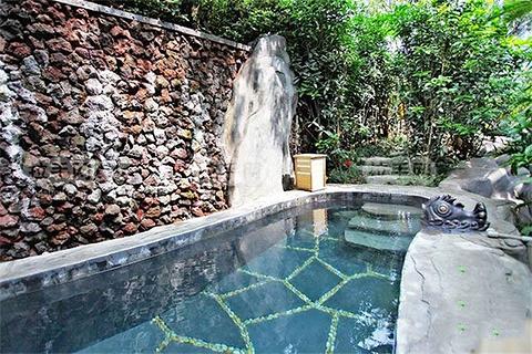 海棠晓月温泉的图片
