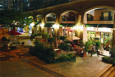 华侨城酒吧街