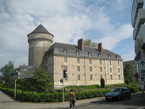 图尔城堡的图片