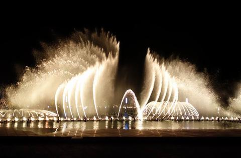 东港音乐喷泉广场