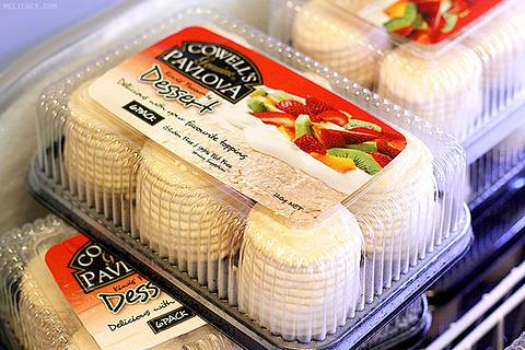 科维尔奶油水果蛋白饼
