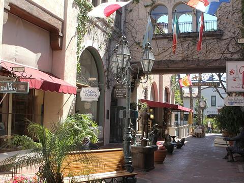 阿卡达步行街旅游景点图片