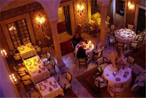 杰尔巴岛特色的突尼斯餐厅