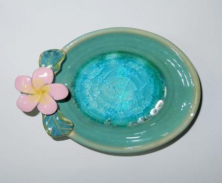 宋佳洛陶瓷