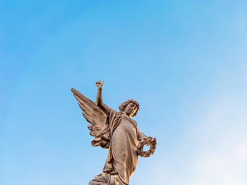 Dirty Angel旅游景点图片