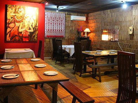 Absolute Tribal Restaurant旅游景点图片