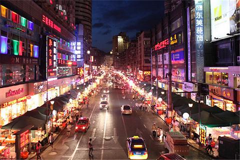 陕西路小吃街