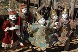 欣赏缅甸传统木偶戏