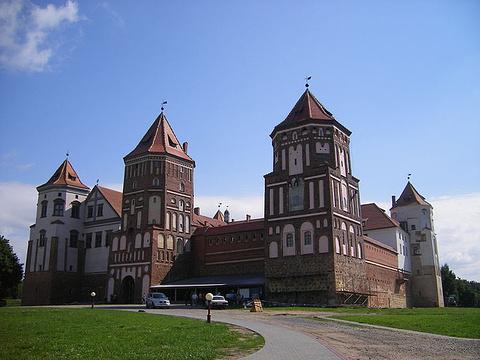 米尔城堡的图片