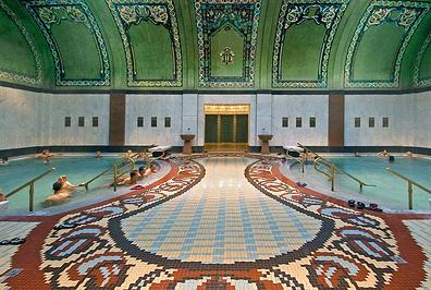 盖莱尔特温泉浴室