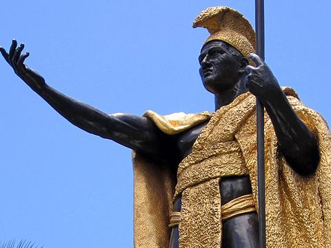 卡美哈美哈国王铜像旅游景点图片