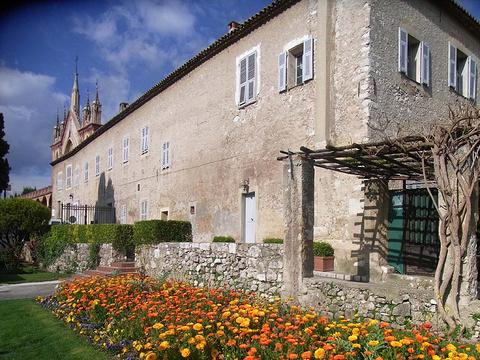 西米埃修道院的图片