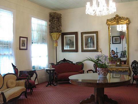 埃玛皇后夏日行宫旅游景点图片