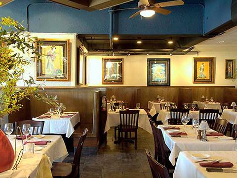 DK's Steakhouse旅游景点图片