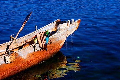 猪槽船游湖