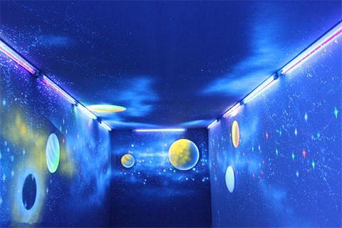 盛幻泰迪熊夜光3D艺术馆的图片