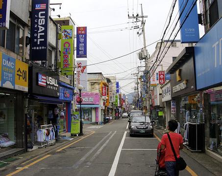 中央路购物街