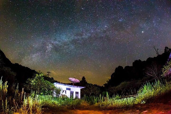 """""""是广州最高的村落,全天可以游览,不要门票。因为海拔高,晚上气温比较低,所以最好带够衣服哦_阿婆六村""""的评论图片"""