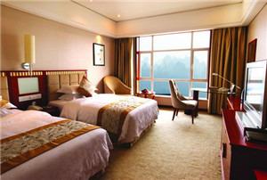 青和景江国际酒店
