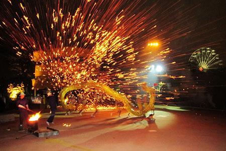 黄龙溪火龙节