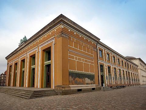 巴特尔托瓦尔森博物馆旅游景点图片